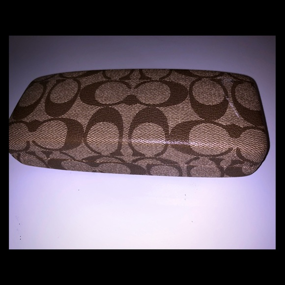 Coach Handbags - Coach tan signature sunglass case!